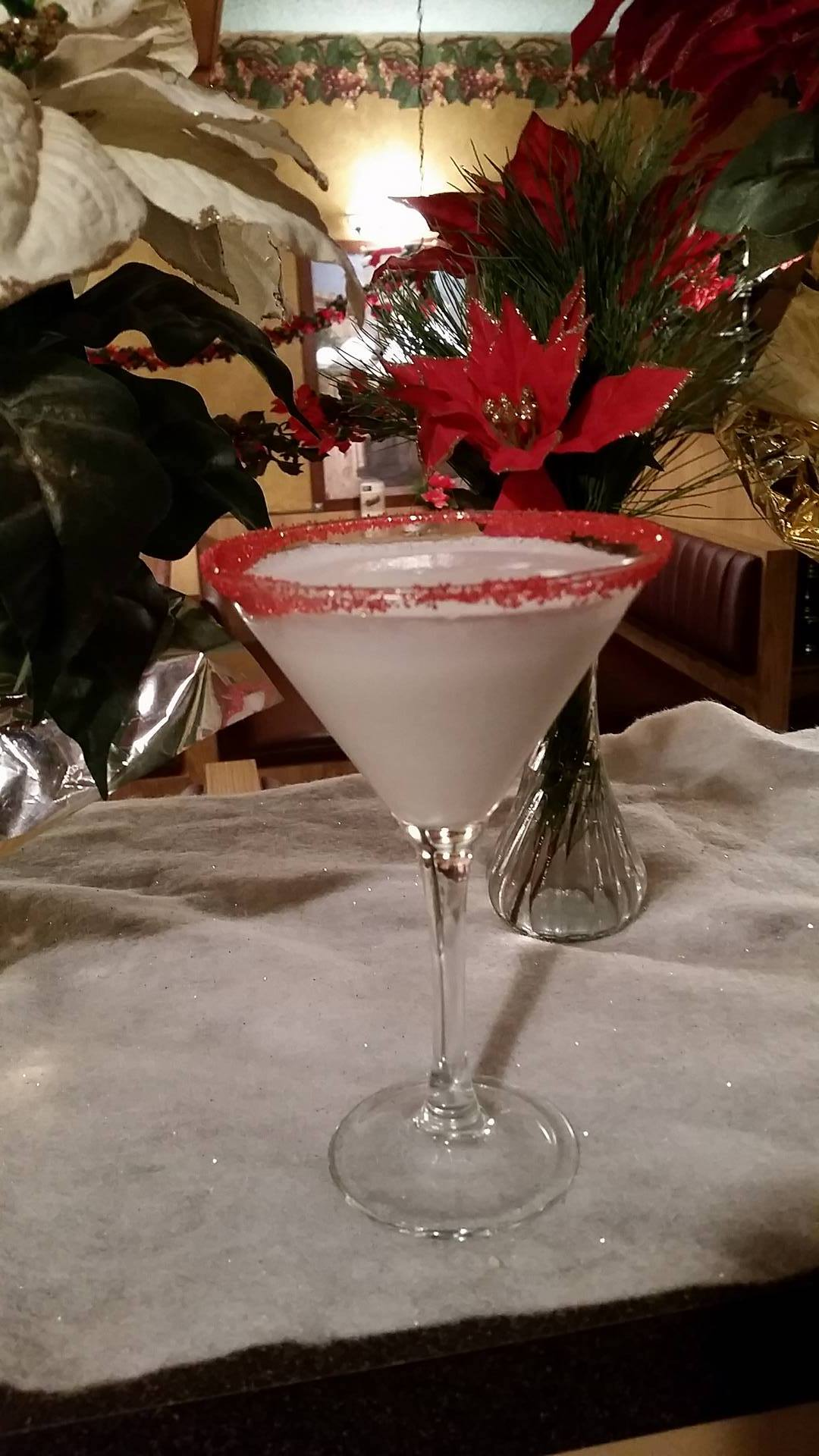 SantasPeppermintMartini