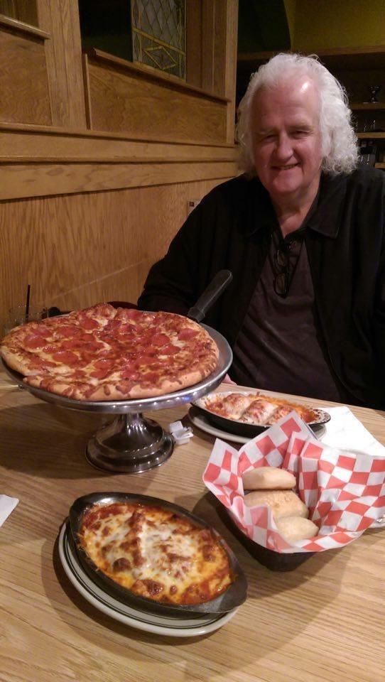 Wow - Long Drive for Pia\'s Pizza - Loyal Fan!