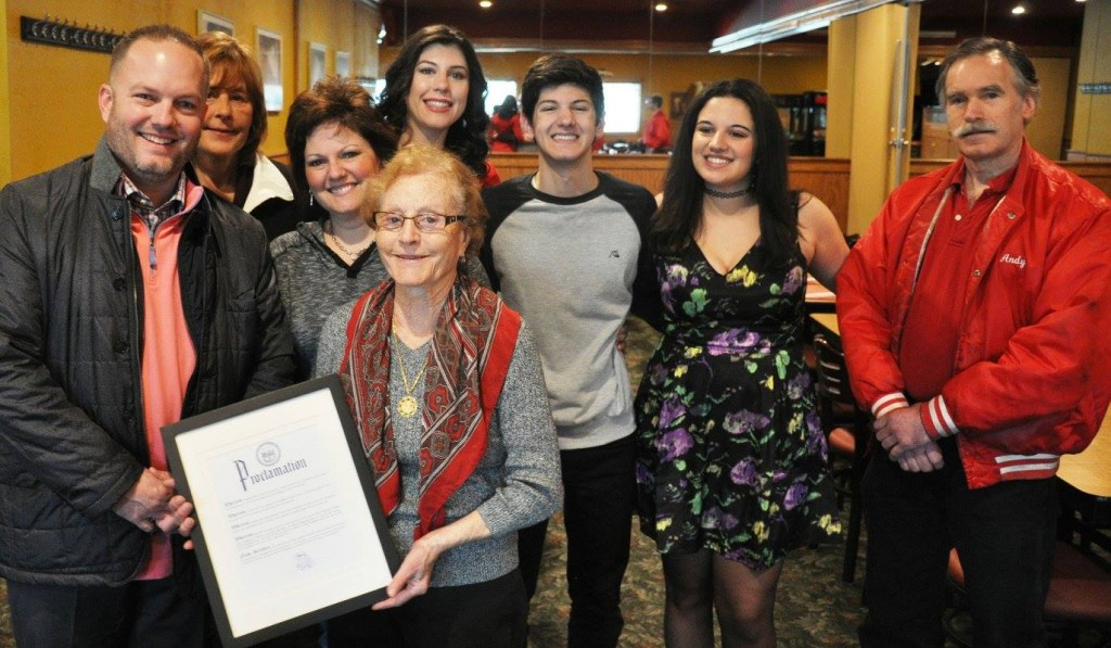 Pias Pizza - management Josephine Pecci, family and City of Taylor Mayor Rich Sollars, proclamation presentation 2016